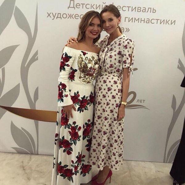Алина Кабаева восхищает поклонников выбором нарядов