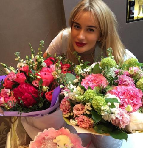 Елена Бушина отметила два года наследницы в розовом цвете