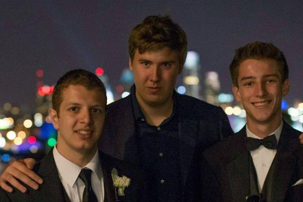 Егор Сосин с друзьями