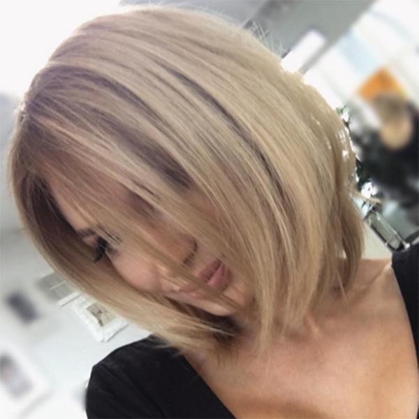 Поклонникам Евгении Феофилактовой понравились и цвет, и длина ее волос