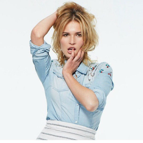 Актриса убеждена, что артист не должен стесняться продемонстрировать обнаженное тело