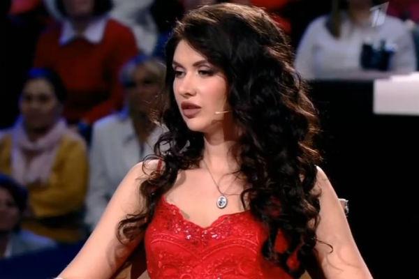 Ольга не скрывает чувств к певцу