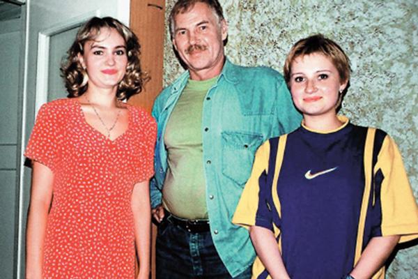 С дочерьми Ириной и Ритой