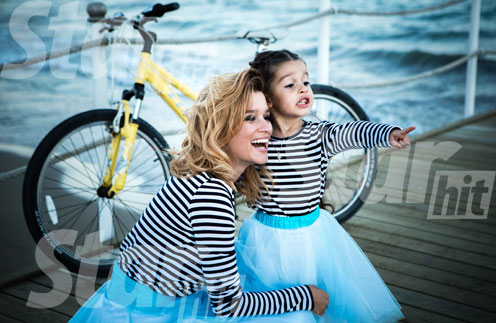 Ксения Бородина с дочерью Марусей на отдыхе