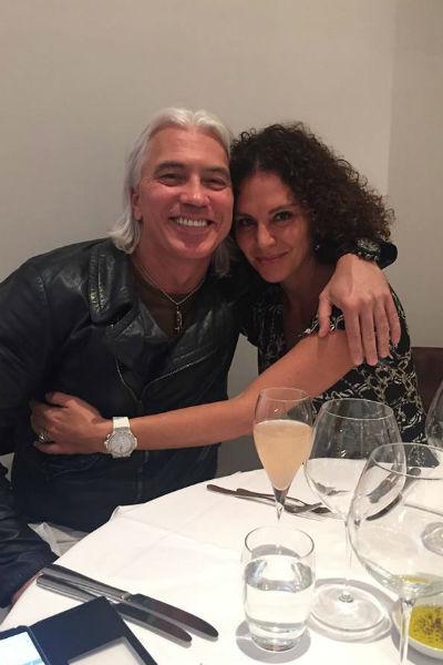 Дмитрий с женой Флоранс. Супруга артиста делится в соцсетях снимками мужа и признается, что верит в лучшее