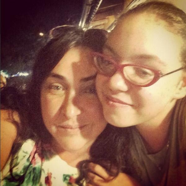 Мама с дочкой наслаждаются последними днями каникул