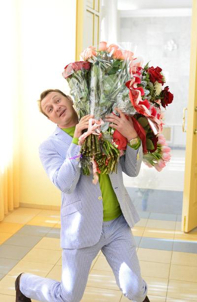 Марат Башаров развлекал гостей