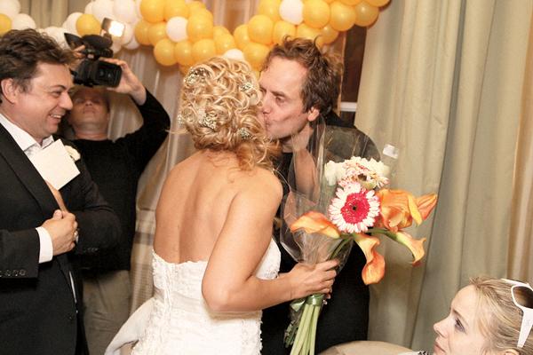 Андрей Соколов в свое время помог Леоновым организовать свадьбу