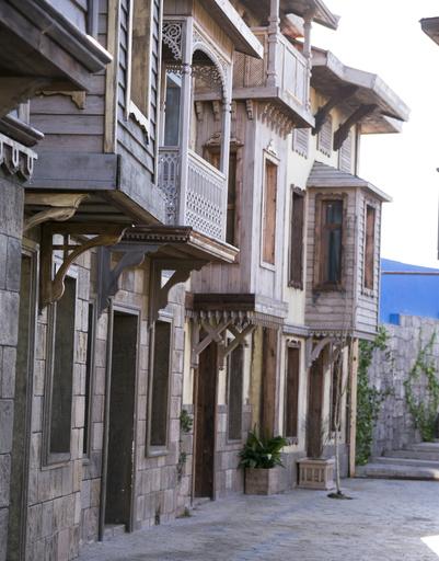 Целые улицы были воссозданы перед стартом съемок сериала