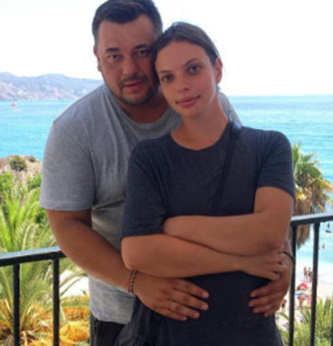 сергей жуков фото с женой