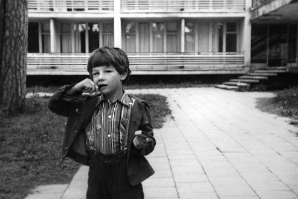 В детстве маленький Сережа мечтал стать водителем мусоровоза
