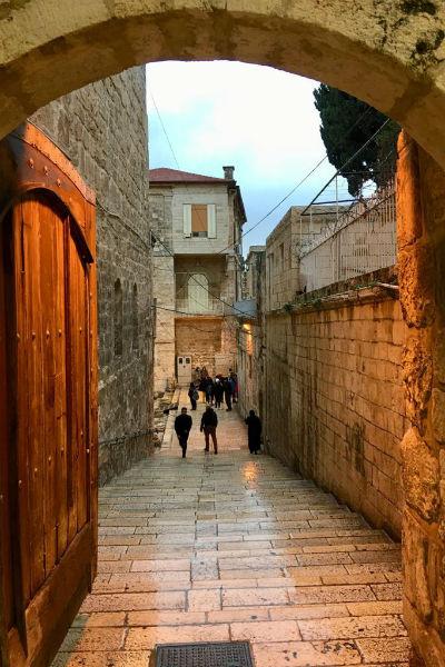Под плитами старого города в Иерусалиме — древние каменоломни