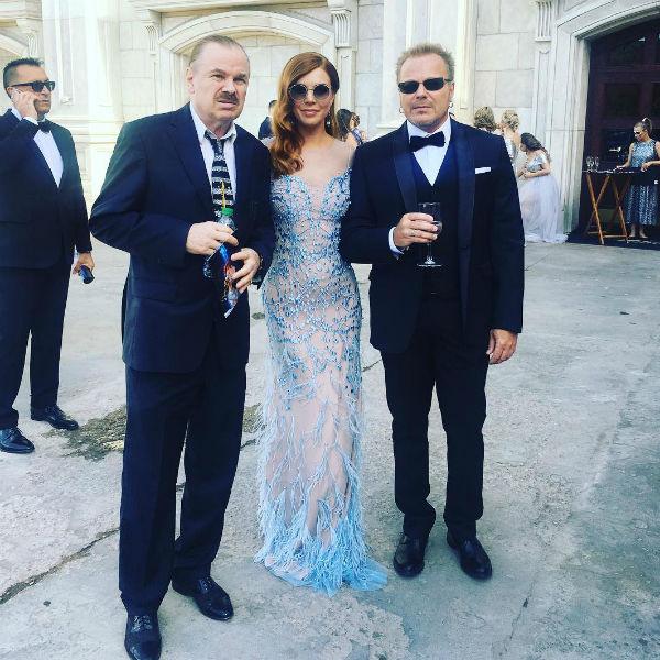 Дедушка жениха Владимир Пресняков-старший, отец  Владимир Пресняков-младший и Наталья Подольская