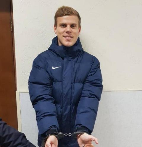 Александр Кокорин опубликовал извинения своего отчима