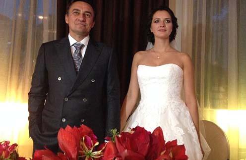 Камиль Ларин с молодой женой Екатериной