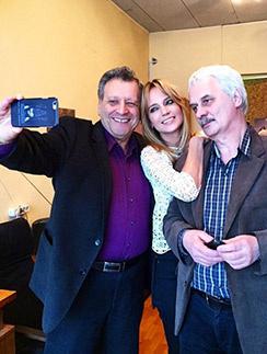 Наташа была рада встрече с мультипликатором Юрием Смирновым