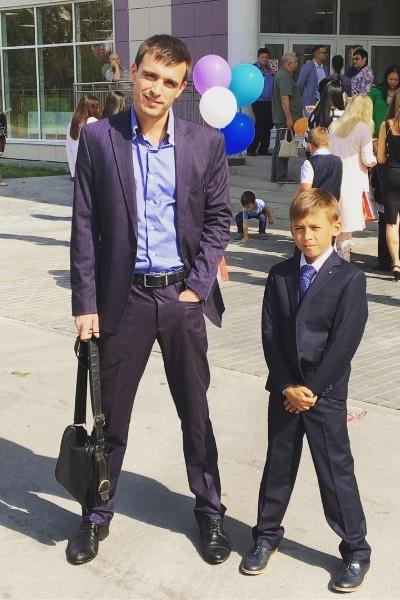 Сергей Чугин совмещает карьеру с воспитанием сына