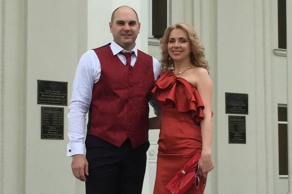 Второй раз Вадим и Ольга поженились ровно через 10 лет и один день после первого торжества