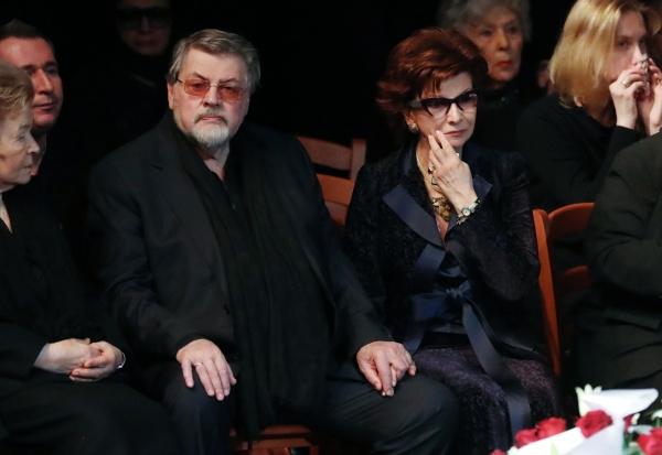Наина Ельцина, Александр Ширвиндт и вдова Державина Роксана Бабаян