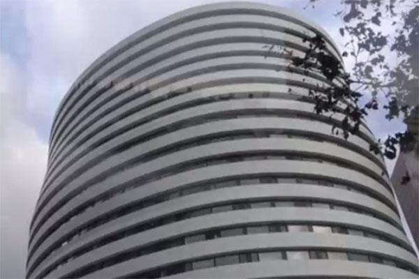 А так футуристически выглядит здание студенческого общежития