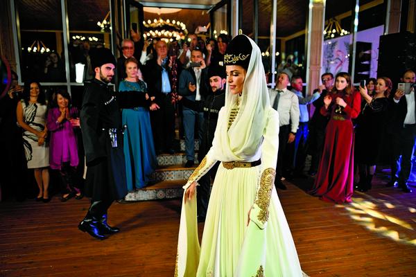 Не обошлось, конечно, и без черкесских танцев