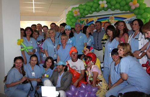 С врачами детской кардиологической больницы и губернатором Астраханской области
