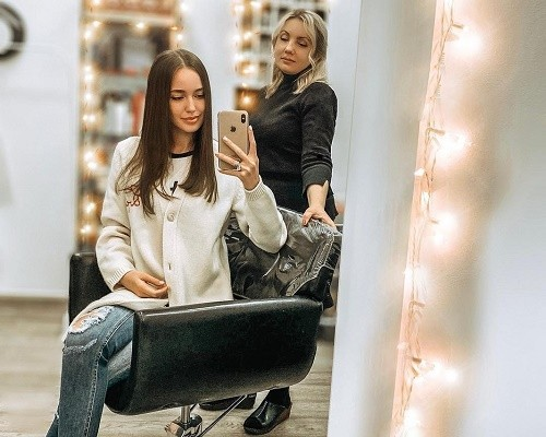 Костенко пожаловалась на проблемы с волосами