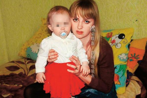 Бывшая жена Яббарова с дочкой