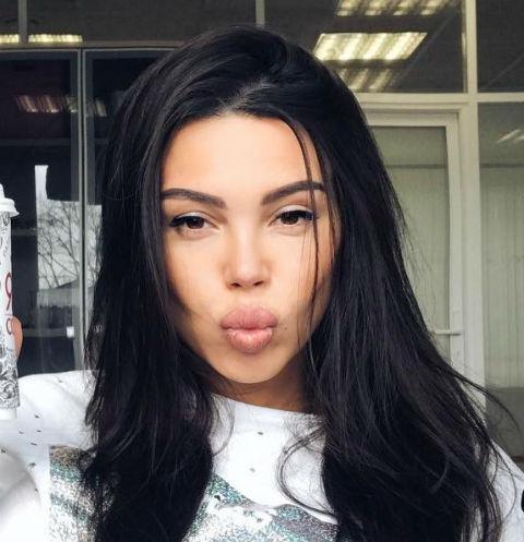 Оксана Самойлова впервые рассказала о новорожденной дочери