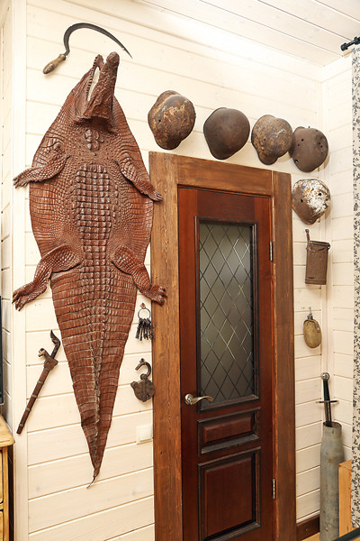 «Крокодил съел серп», – шутит Дуров