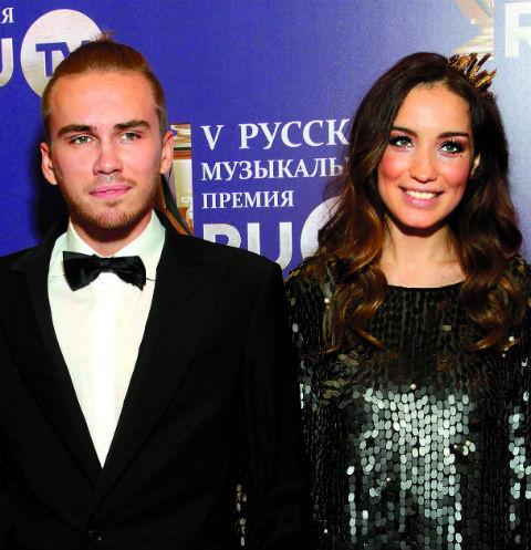 Певица прожила в браке с Дмитрием два года