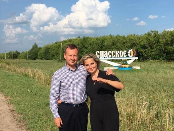 По словам источников из следствия, Мария Максакова получила обратно изъятые у нее деньги и драгоценности