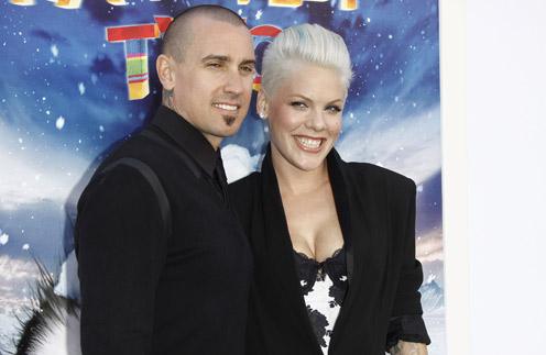 Пинк и ее муж Кэри Харт