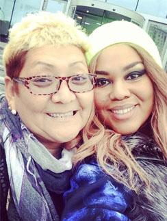 Корнелия Манго с мамой