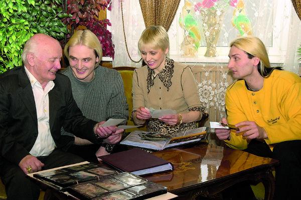 Вальтер Запашный с женой Татьяной и сыновьями Аскольдом и Эдгардом