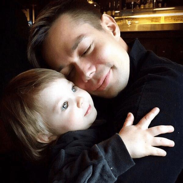 Пьеха признается, что лишь недавно осознал счастье отцовства