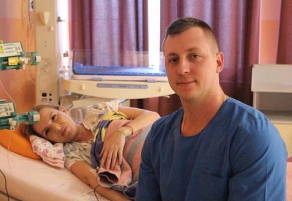 Евгений Руднев опубликовал в Сети фото, сделанное в роддоме