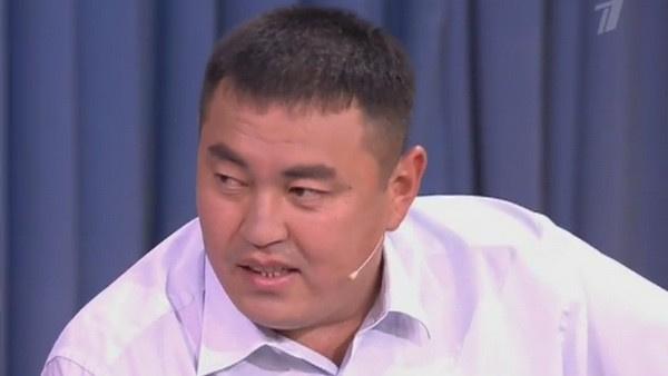 Улукбек Сулейманов считает себя отцом дочери Азимы