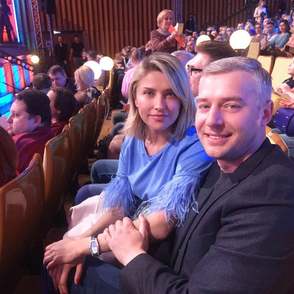 С будущим мужем во время съемок шоу