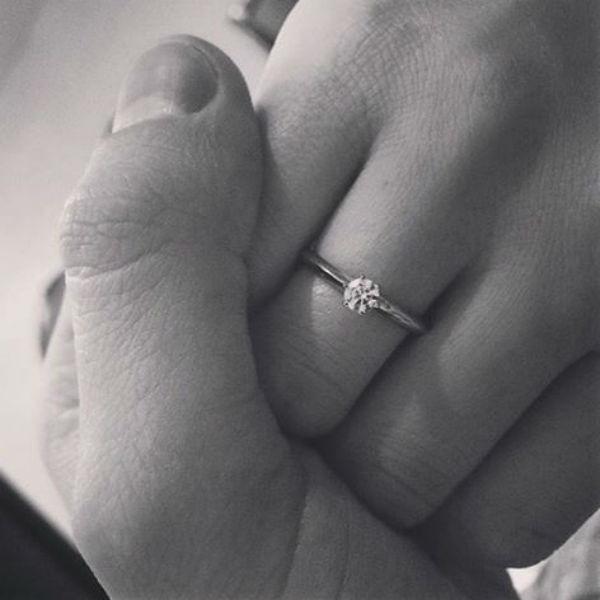 О помолвке экс-супруга юмориста сообщила в микроблоге