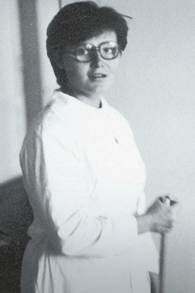 Будущая звезда проходила медицинскую практику в обычной больнице провинциального Кемерово, 1981 год