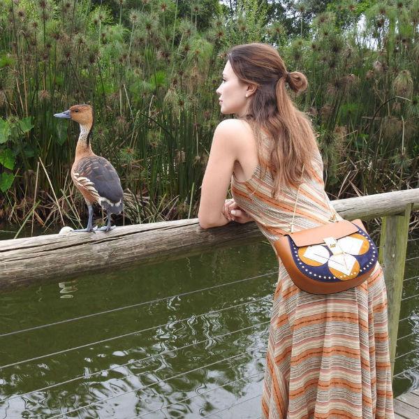 Ушакова прекрасно проводит время в Африке