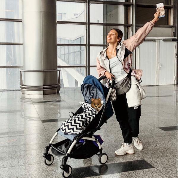 Регина в отпуске с сыном