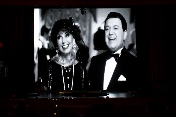 Кадр из нового клипа Иосифа Кобзона с участием его жены Нелли