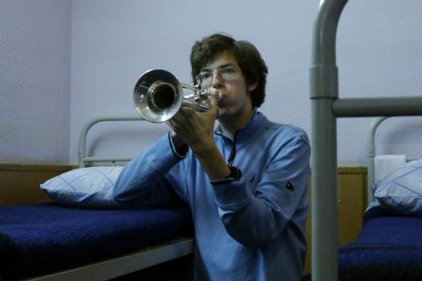 Сейчас Воронов продолжает заниматься музыкой