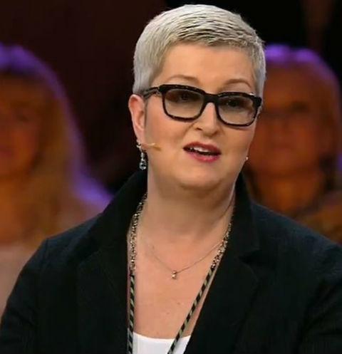 Сбросившая 100кг писательница Устинова шокировала фанатов худобой