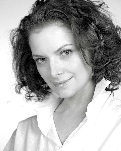 Наталья Юнникова родилась в феврале 1980 года
