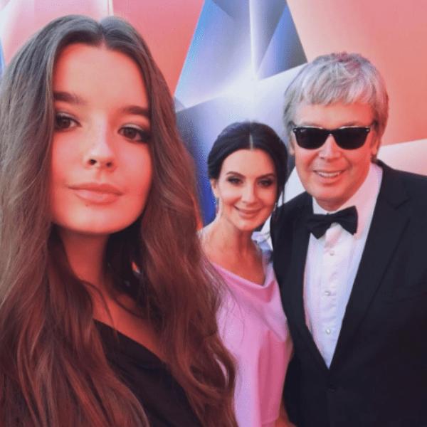 Александр и Екатерина Стриженовы с дочерью Александрой на ММКФ