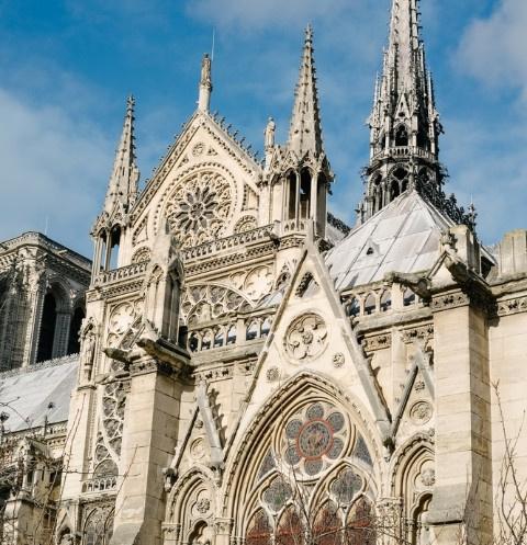 Собор Парижской Богоматери был величественным зданием