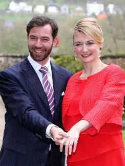 Пара объявила о помолвке в конце апреля